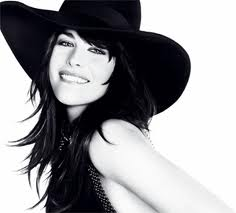 Liv Tyler Givenchy Very Irresistible