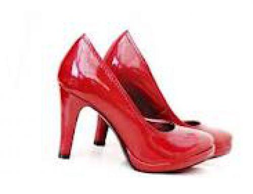 Comment marcher avec des talons ? Ce samedi, Shoes Party au Printemps de Lyon !