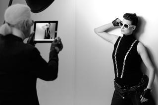 Karl Lagerfeld - Linda Evangelista Chanel Eyewear Eté 2012