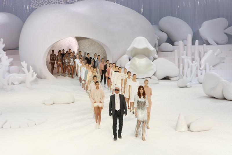 Chanel défilé décor coquillage été 2012