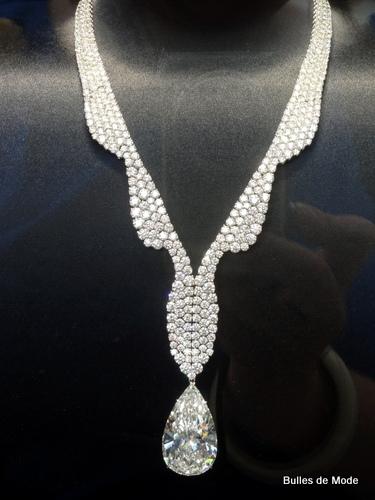 26ème Biennale Antiquaires 2012 Joaillerie Harry Winston Diamant 60carats