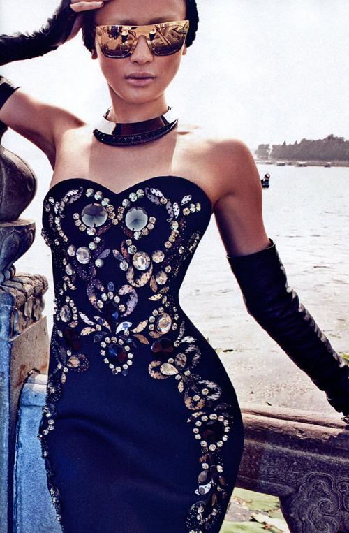 Lanvin robe rebrodée strass automne 2012