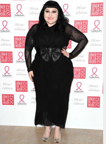 Conseil Morphologie Mode Grande Taille Beth Ditto - marquer la taille