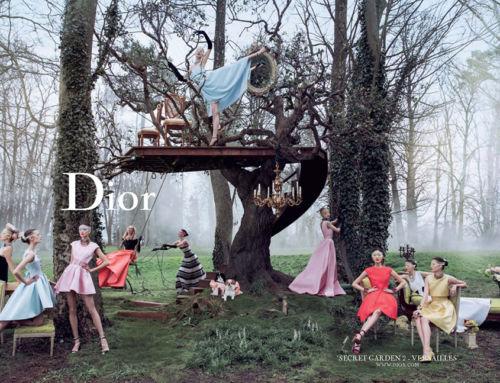 Le clash Dior : deux pubs contradictoires par Raf Simons…