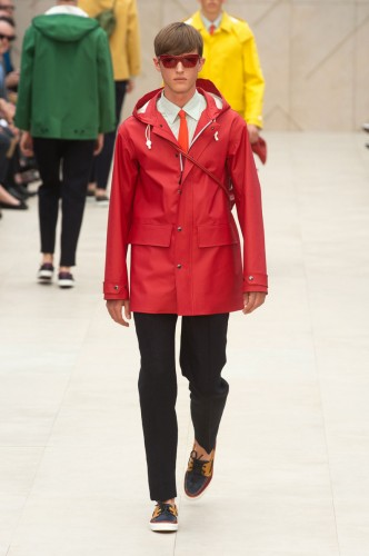 Fashion week Tendances Mode Homme Eté 2014 Rouge Burberry Prorsum