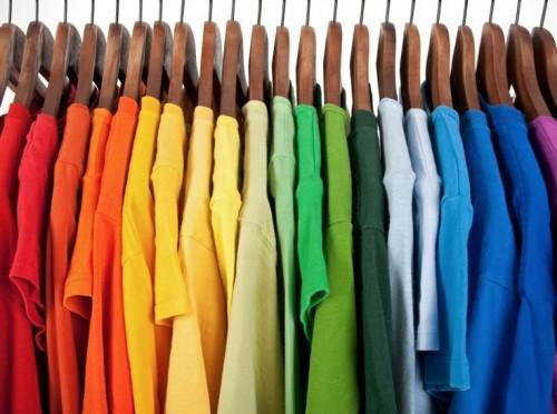 Dressing conseils organisation couleurs