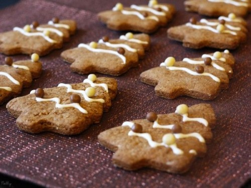 Biscuits sapins de Noël