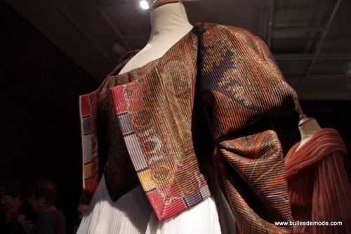 Détail Dior Haute-Couture ottomane brodée