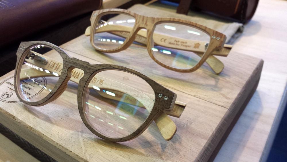 jury usa cheveux lunettes de soleil