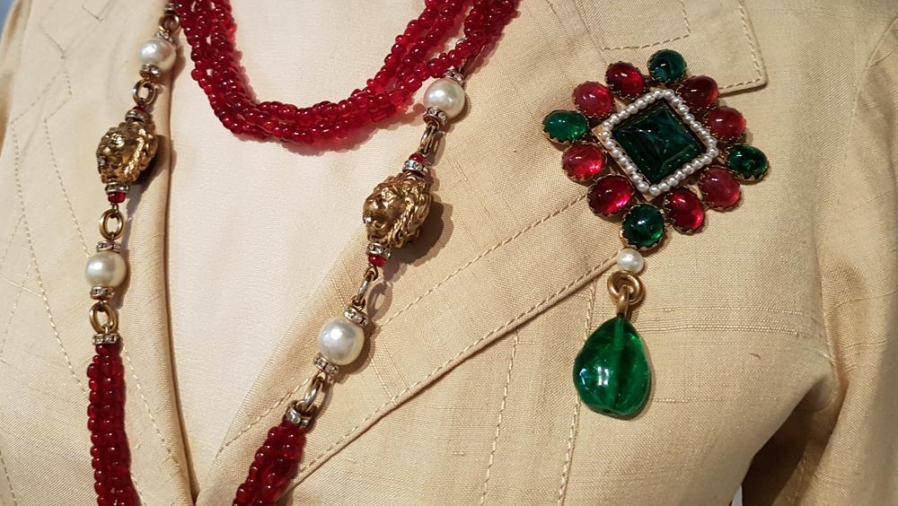chanel-saharienne-et-bijoux