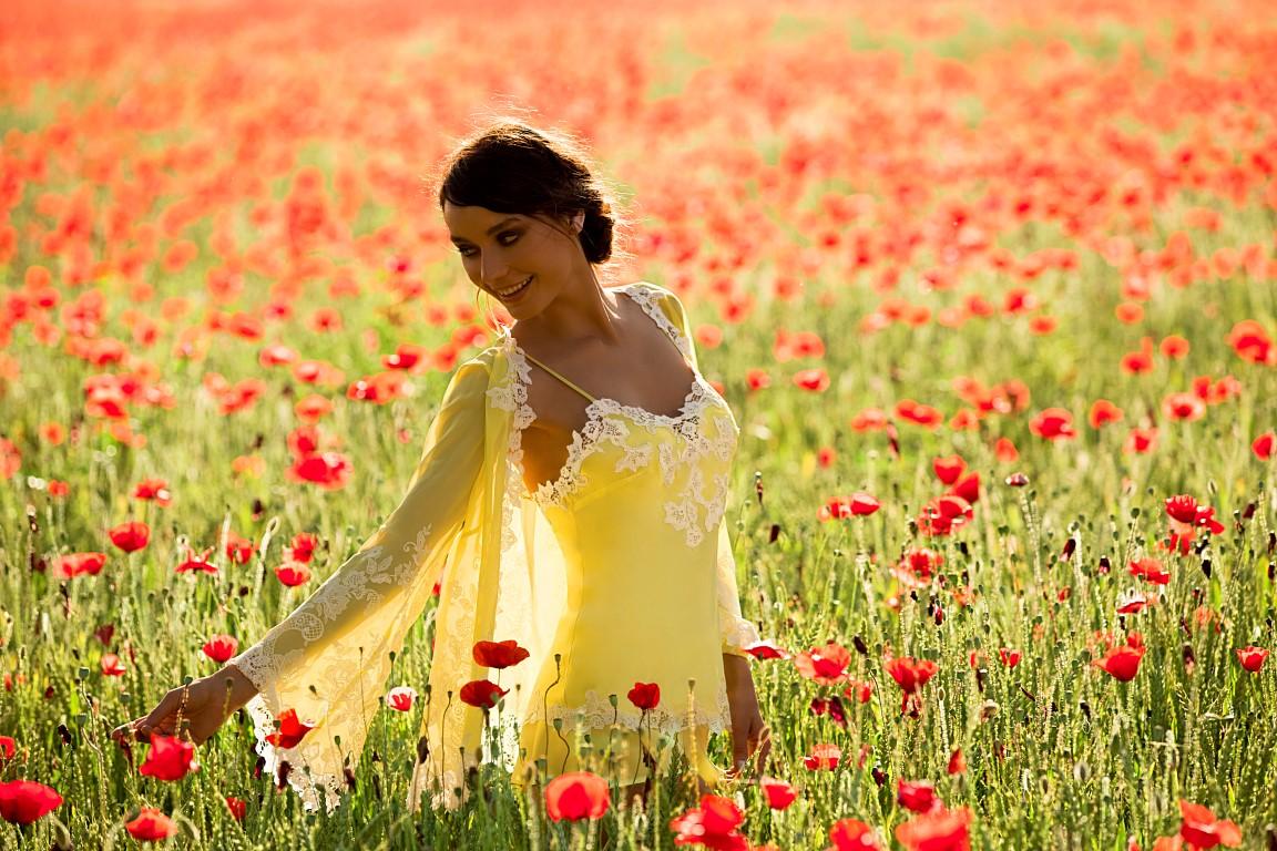 info pour aa991 250d3 Les délicates nuisettes de soie Marjolaine - Bulles de mode
