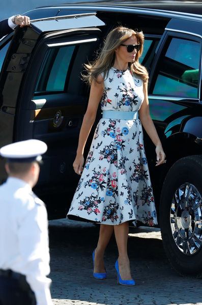 Mélania Trump robe Valentino fleurie 14 juillet 2017