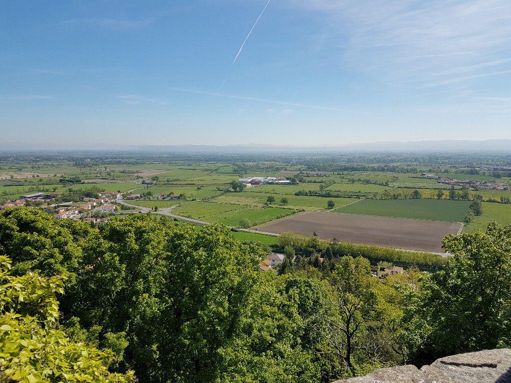 Vue de la forteresse Saint Romain le Puy