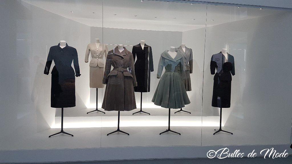 Exposition Dior 70 ans Paris Arts Déco - Hommage Tailleur bar