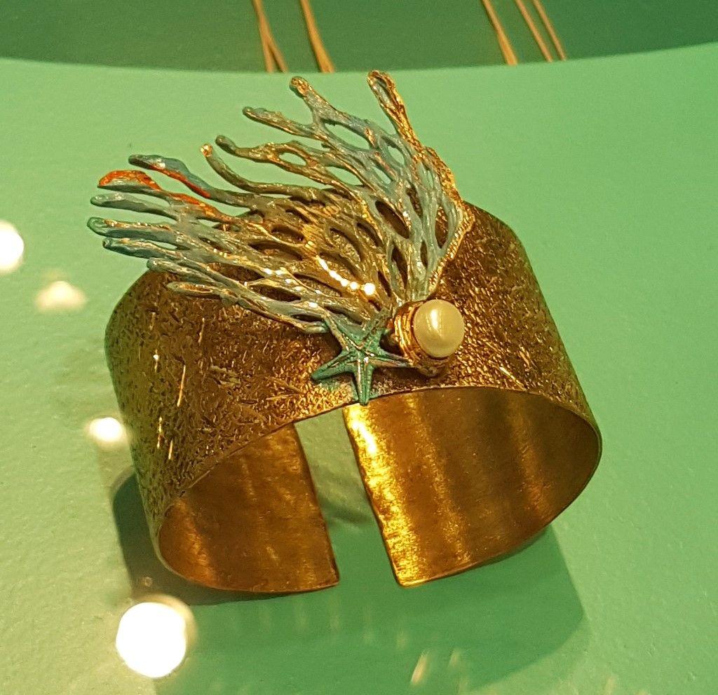 Manchette sirène perle et corail